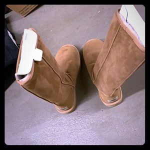 Brown high UGGS
